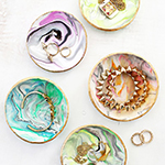 10 DIY Gifts You'll Actually Like • littlegoldpixel • Handmade gifts that won't make your loved ones cringe on the inside