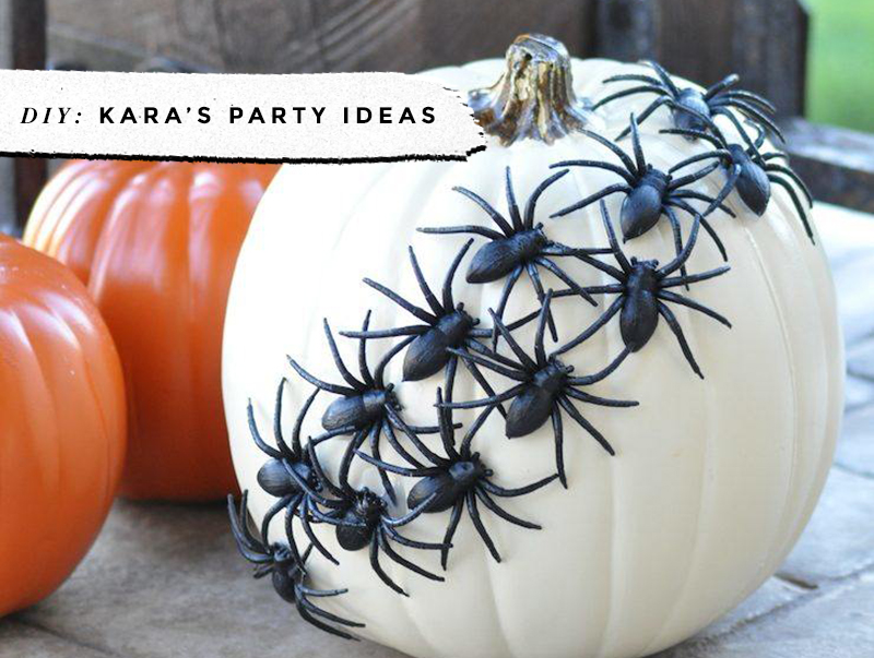 Black & White Pumpkins: Easy, Minimal, No-Carve Ideas • Little Gold Pixel • photo via Kara's Party Ideas
