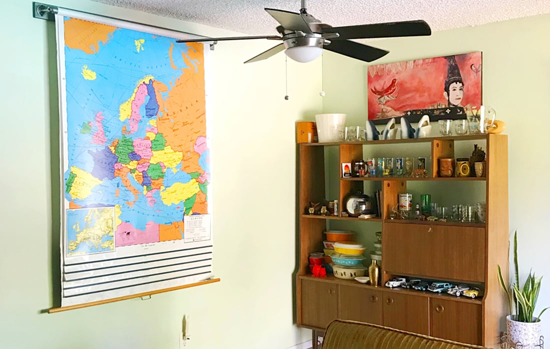 Wall Around the World: A Gallery Wall Series by Little Gold Pixel • Part 7: Colorful Mid-Century Gallery Walls in Arizona